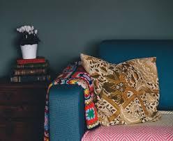 divano con cuscino