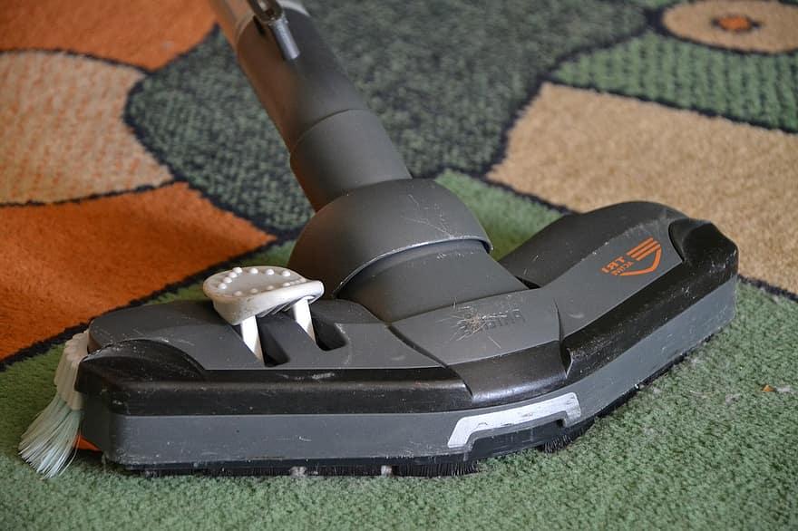 scopa a vapore senza filo su tappeto